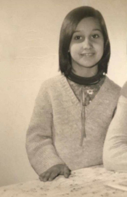 A-propos-mon-histoire-photo-age-7-ans-Philomène-Médium-Cartomancienne-518x800