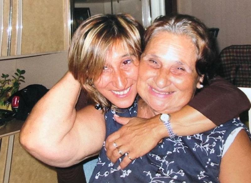 photo-de-ma-mère-et-moi-Philomène-médium-cartomancienne
